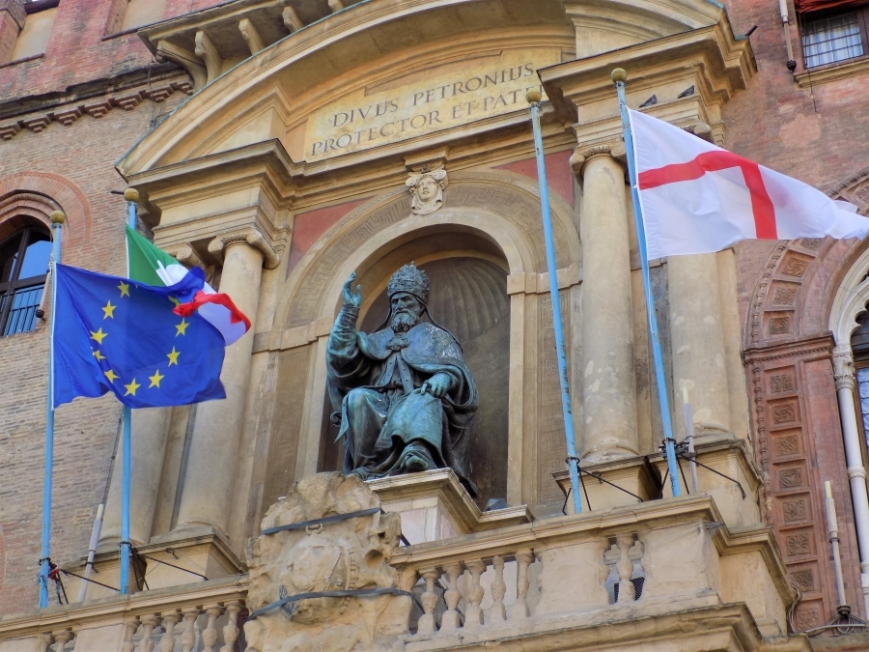 palazzo communale bologna pope gregory xiii