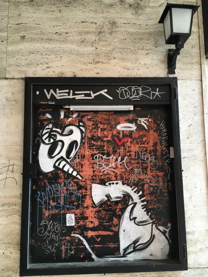 dragon wall art graffiti bologna