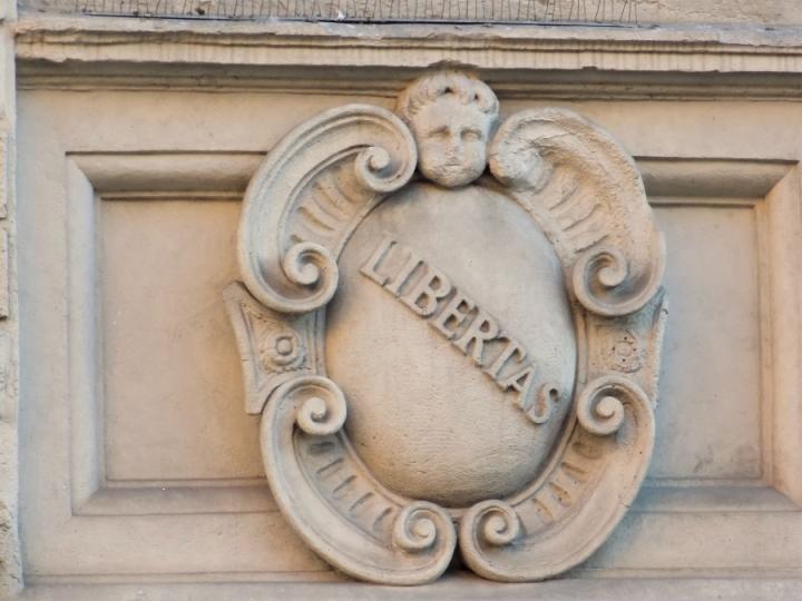 Libertas La Fontana Vecchia Bologna Via Ugo Bassi