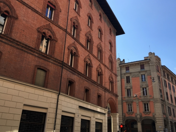 italian architectural styles bologna deco medieval