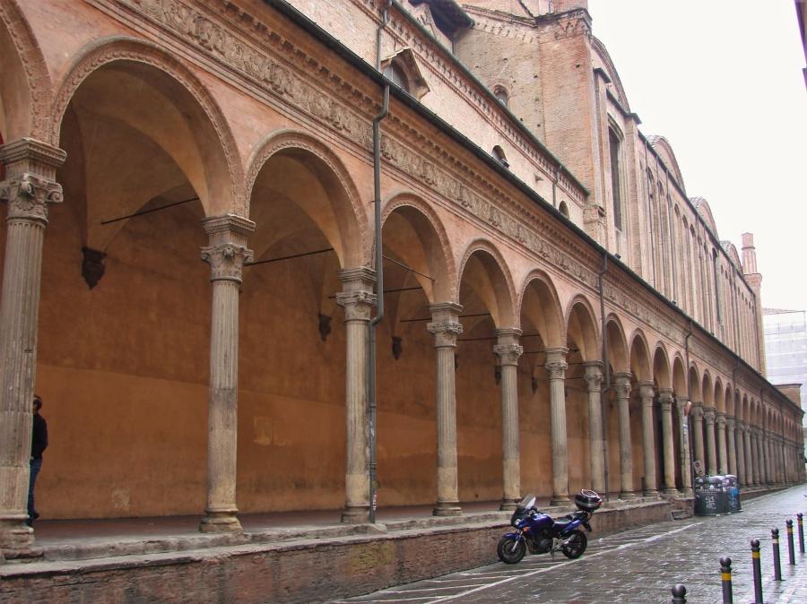 italian vespa italian architecture motorbikes