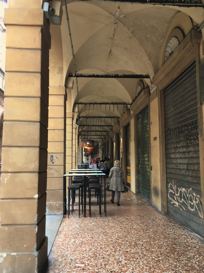 bologna portici covered walkways portico