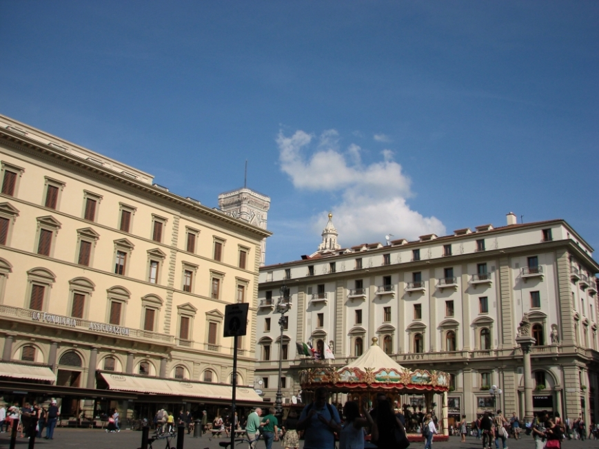 florence bell tower cathedral giotto brunelleschi renaissance architecture firenze piazza della repubblica carousel