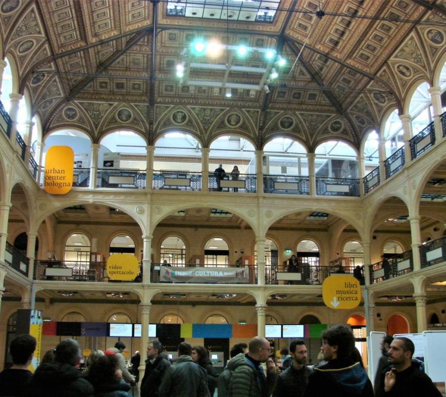 Biblioteca Salaborsa Bologna public library cast iron architecture
