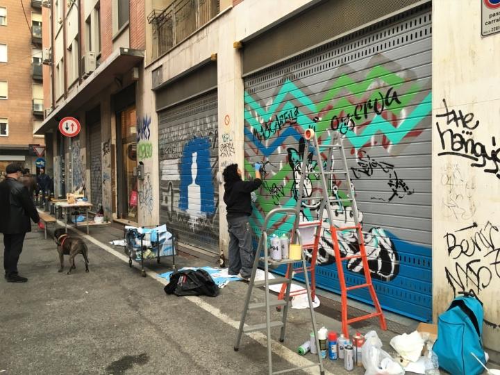 street art bologna mascarella shutters