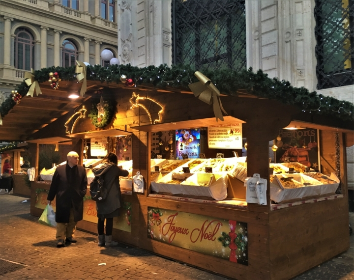 christmas market cookie biscuit stall bologna