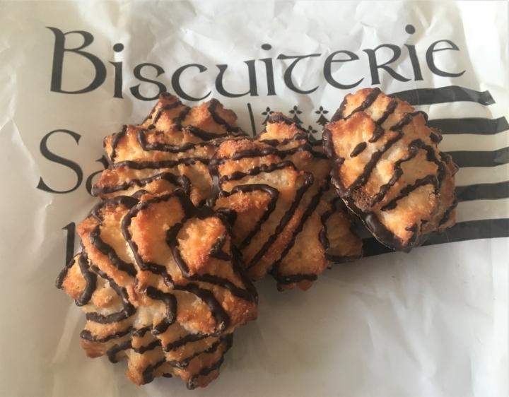 christmas market cookies samoa coconut girl scouts bologna